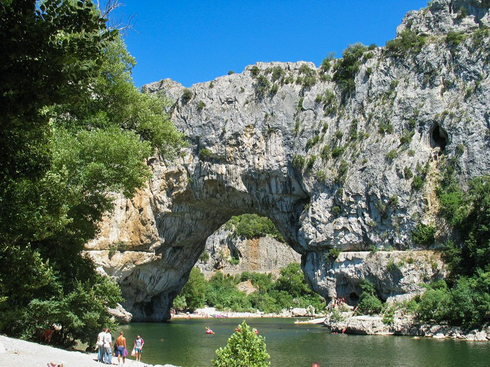 Le mas de la De Lafeuillade Le Mas De La Source Campsite Is Ideally Located To Help You Make The Most Of The Many Leisure Activities In The Vicinity During Your Stay Lechappée Occitane Le Mas De La Source Star Campsite Official Web Site Campsite