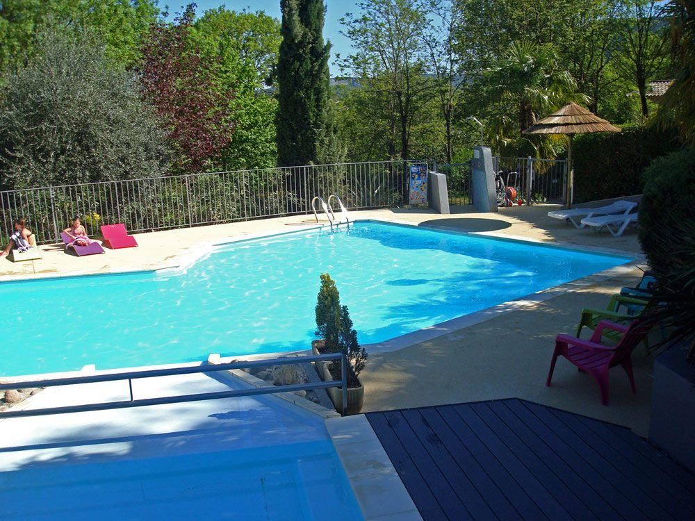 Les activit s au camping rivi re piscine cano jeux for Piscine 04